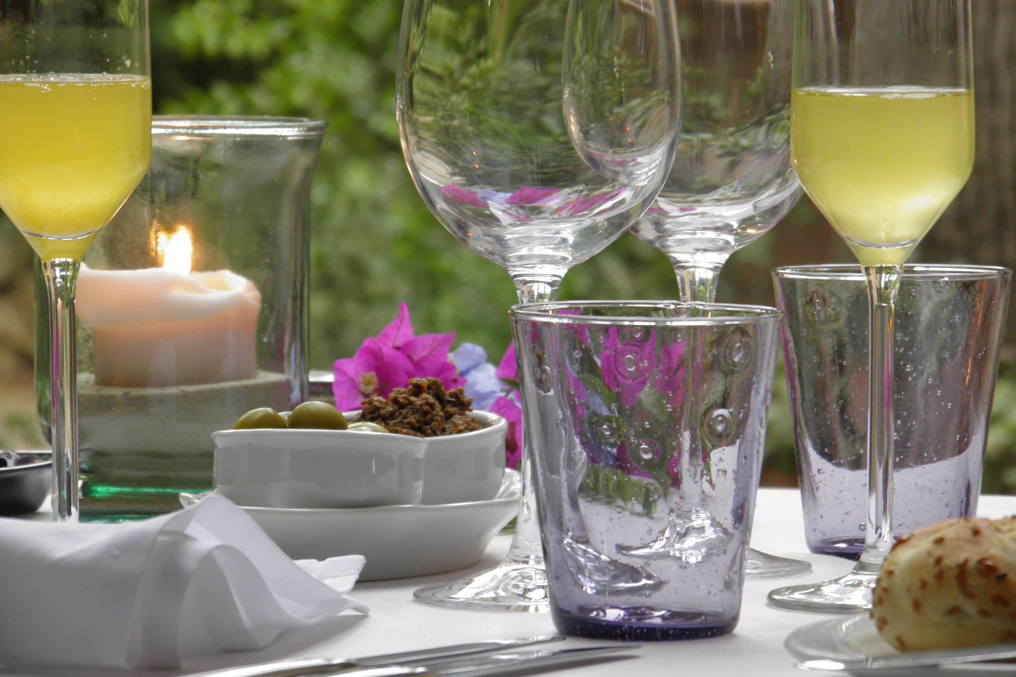 Finca Raims - Gedeckter Tisch