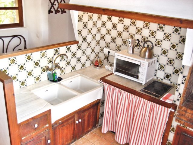 Manto Negro - the kitchen