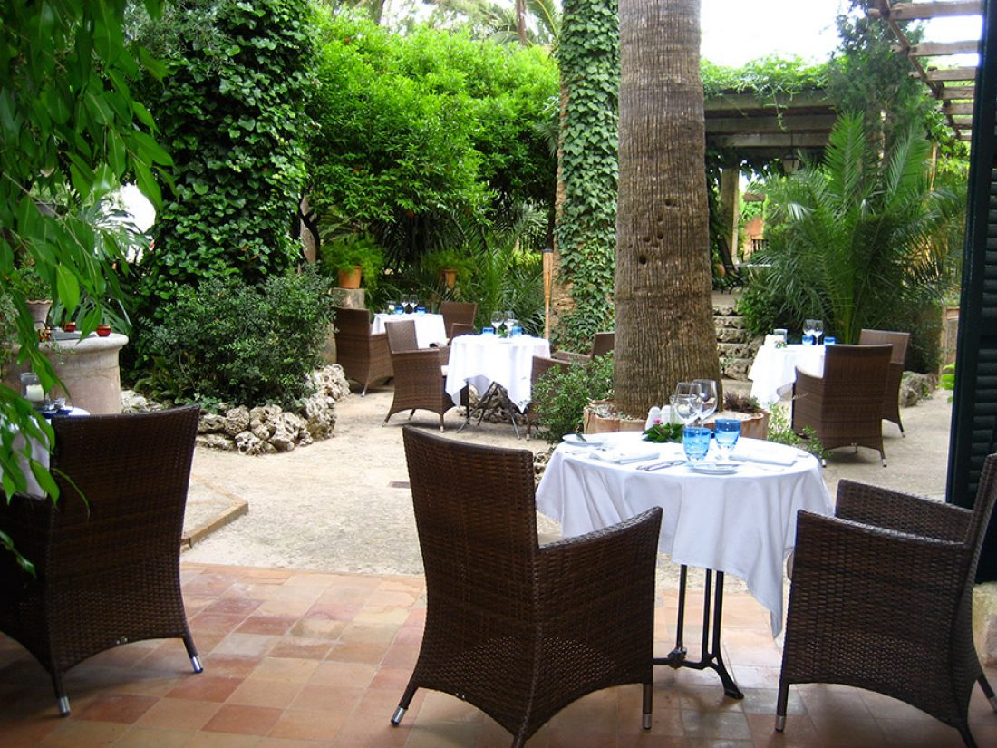 Finca Raims - the inner courtyard